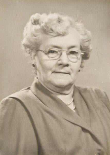 Anne Jones Barr Schmoll.jpg