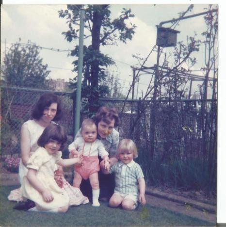 Elizabeth Cadden, my Mum, me and 2 of my cousins